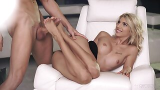 Fella blows his load in the first place sexy Missy Love's beautiful feet
