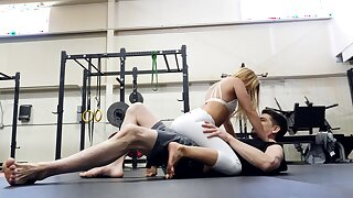 Fit woman rides her gym trainer and wants his sperm on tits