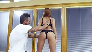 Ornella Morgen gets her kicks with an awesome undeliberative fuck